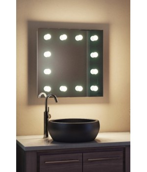 Зеркало для макияжа в ванную комнату Регал